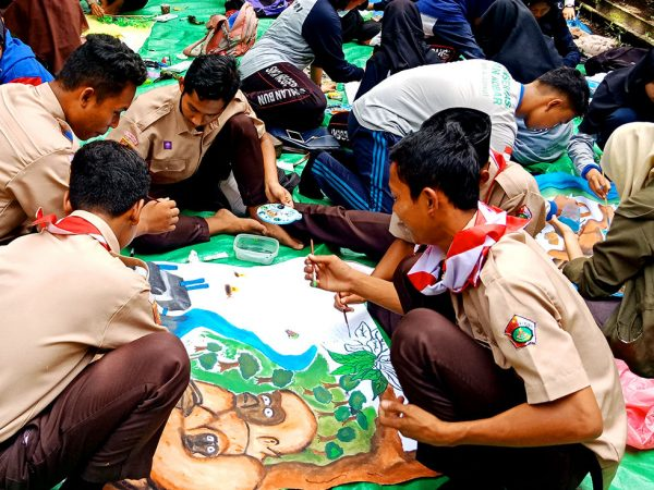 Pekan Peduli Orangutan : Mengenalkan Orangutan dan Habitatnya Kepada Generasi Muda